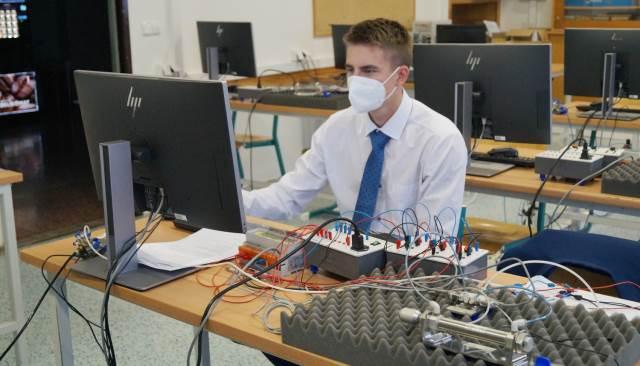 Praktická maturitní zkouška žáků oborů Strojírenství a Elektrotechnika