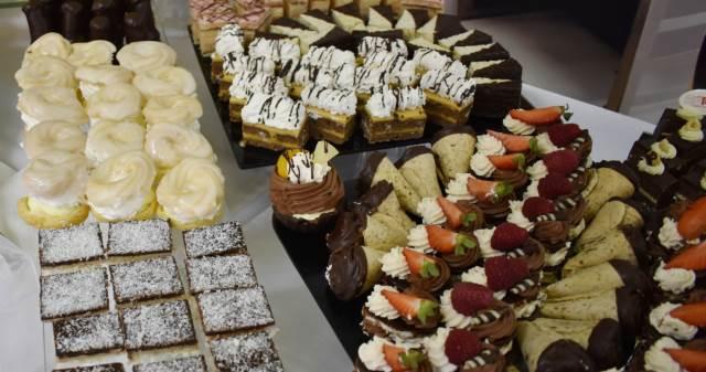 Nabídka cukrářských výrobků pro veřejnost