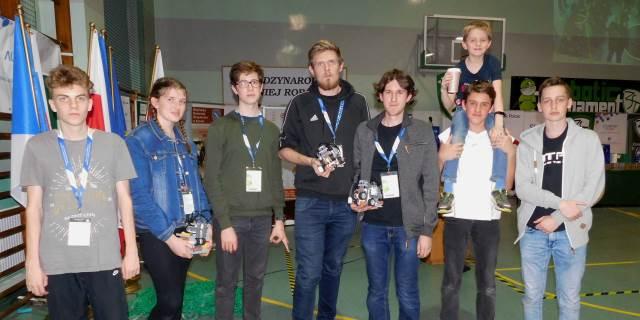 Úspěch studentů na mezinárodní robotické soutěži