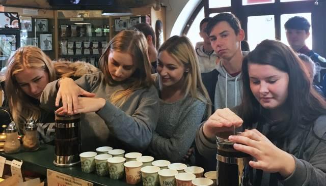 Exkurze v pražírně kávy a v penzionu Slovácký dvůr